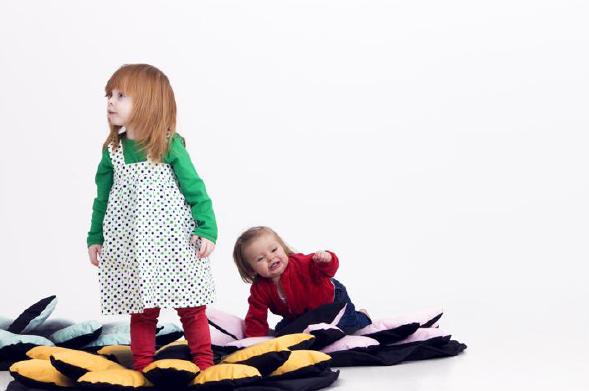 design pour tous l 39 espace public et priv pour les enfants. Black Bedroom Furniture Sets. Home Design Ideas